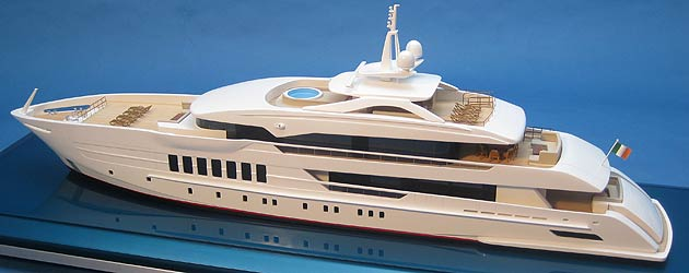 Bespoke Impact Unveil The Ultimate Luxury Bath Toy - A Super Yacht for Kids! 12