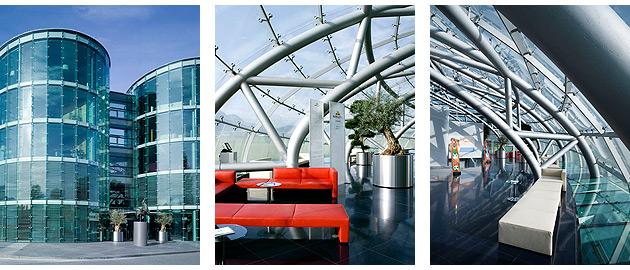 To decorate such a prestigious location, Red Bull chose the specialist Italian furniture company Matteograssi.