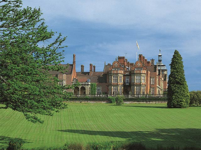 An Uninterrupted View At Tylney Hall 4