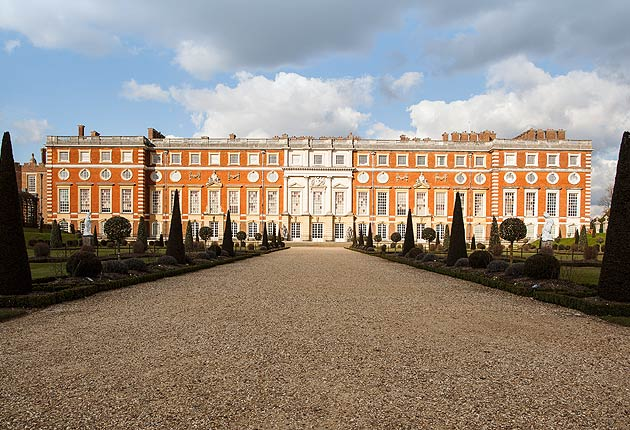 Chocolate Fit For A King Or Three At Hampton Court Palace