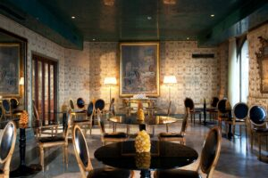 The Bauers gourmet restaurant 'De Pisis' is elaborately furnished in a style reminiscent of Venice's years gone by