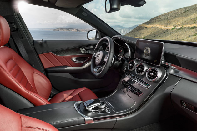 The Mercedes-Benz designers have styled the interior to a very high level using carefully chosen high-class materials which are pleasant touch.