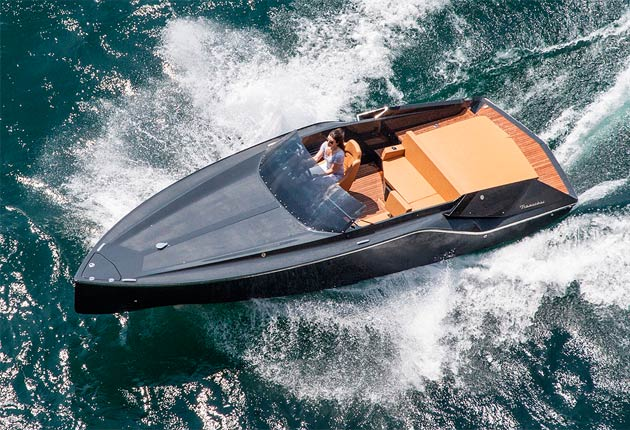 The Frauscher 747 Mirage - A luxurious super car for the seas