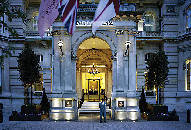 Luxurious Magazine Editor Simon Wittenberg Stays At The Langham, London