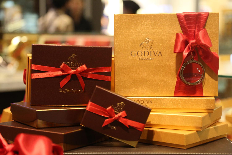 Sampling the delectable goodies on offer from godiva for Go diva