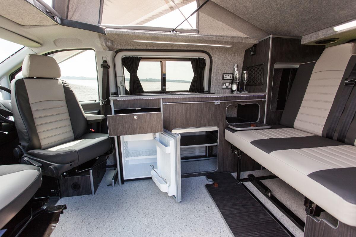 horizon mcv limited mercedes benz vito luxurious magazine. Black Bedroom Furniture Sets. Home Design Ideas