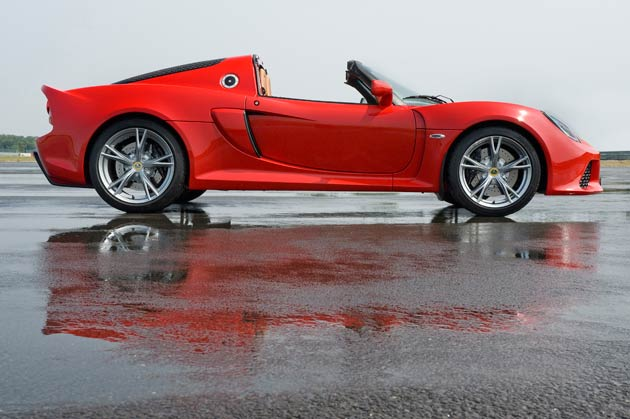 The Lotus Exige S Goes Automatic