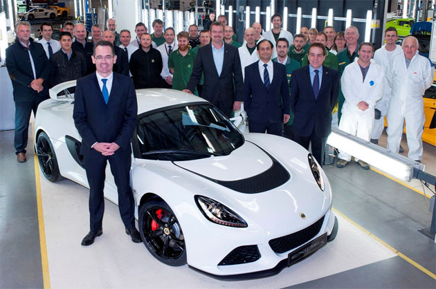 The 1000th Lotus Exige S rolls off the Hethel production line