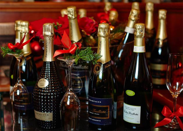The Luxurious Magazine Christmas Drinks Guide