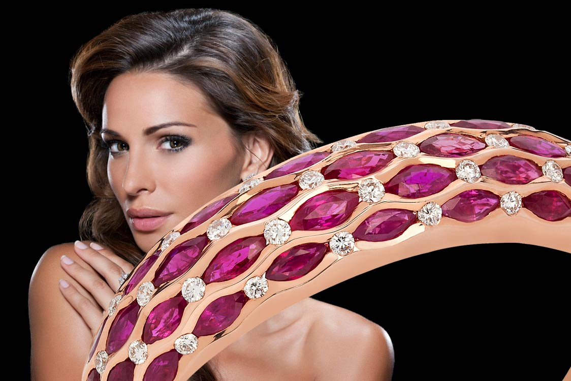 Avakian Geneve – The Special Gift for Valentine's Day