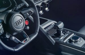 R8 debut for acclaimed Audi virtual cockpit