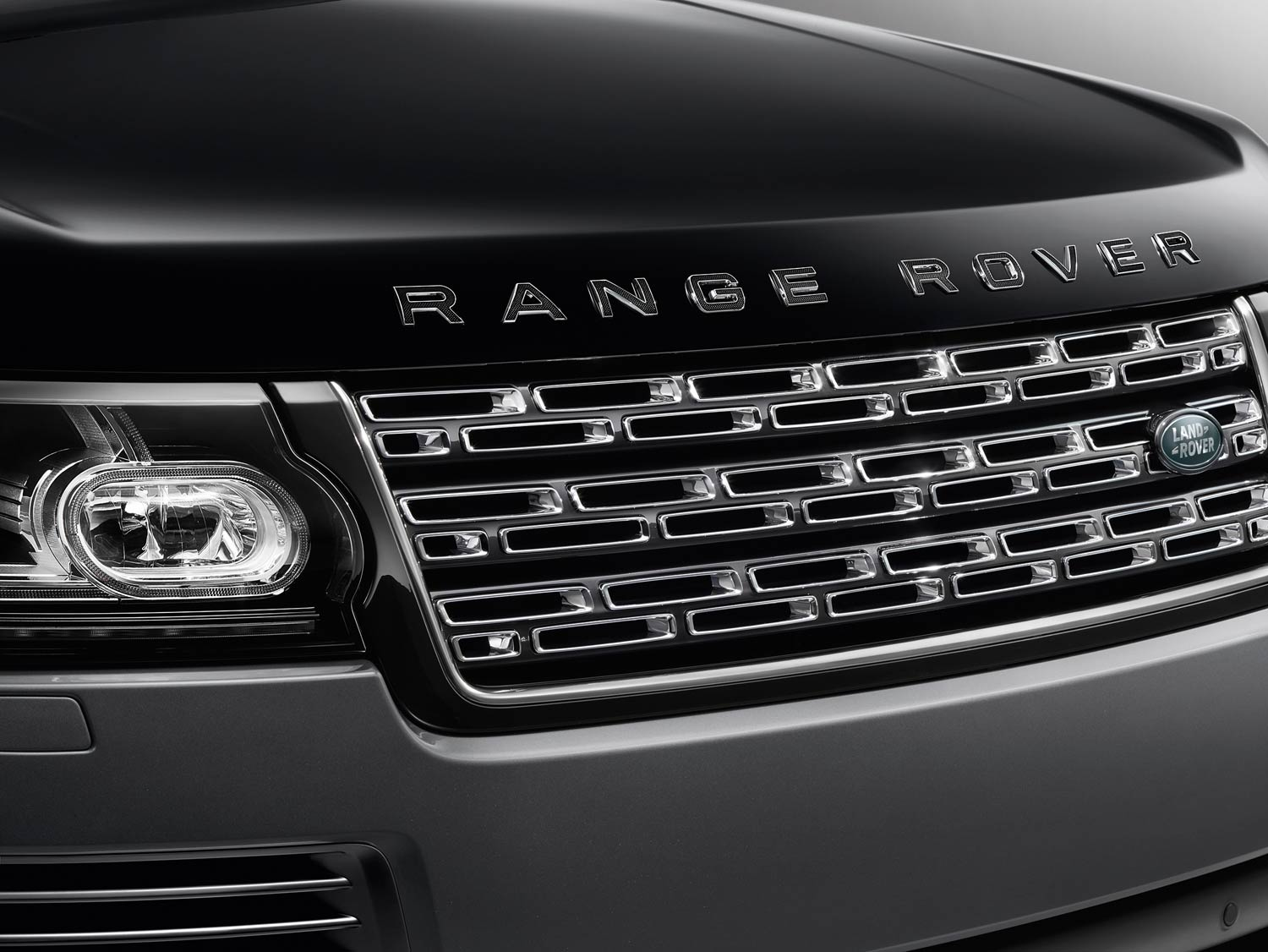 The New flagship Range Rover SVAutobiography