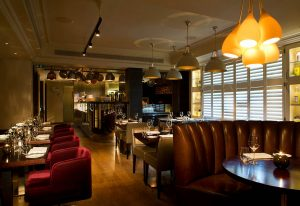HUNter 486 restaurant at The Arch London