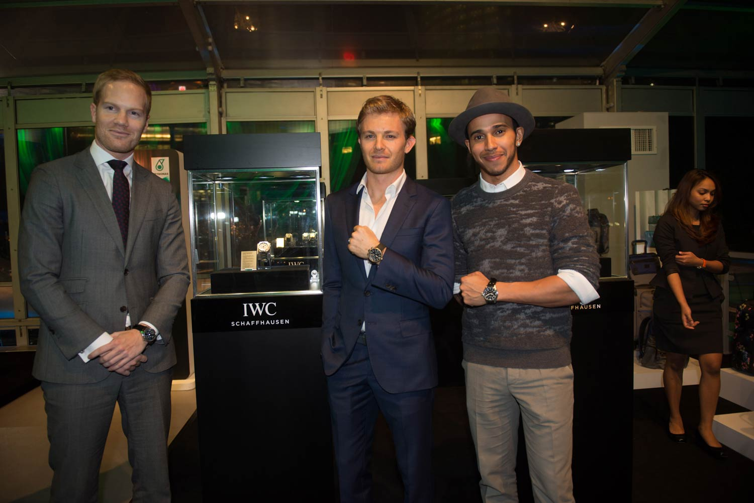 Lewis and Nico join Valiram, Petronas and Mercedes-AMG for an exclusive dinner in Malaysia