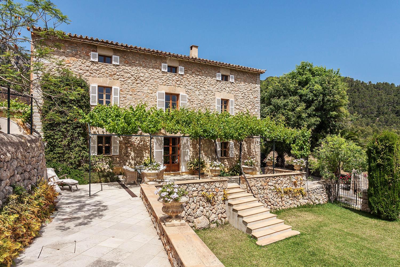 Ref 7106 – Country House, Esporlas, Mallorca