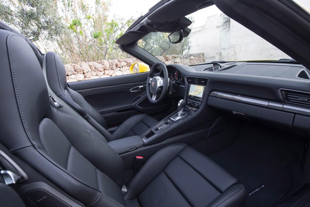 Luxurious Magazine Road Tests The Porsche 911 Targa 4 4