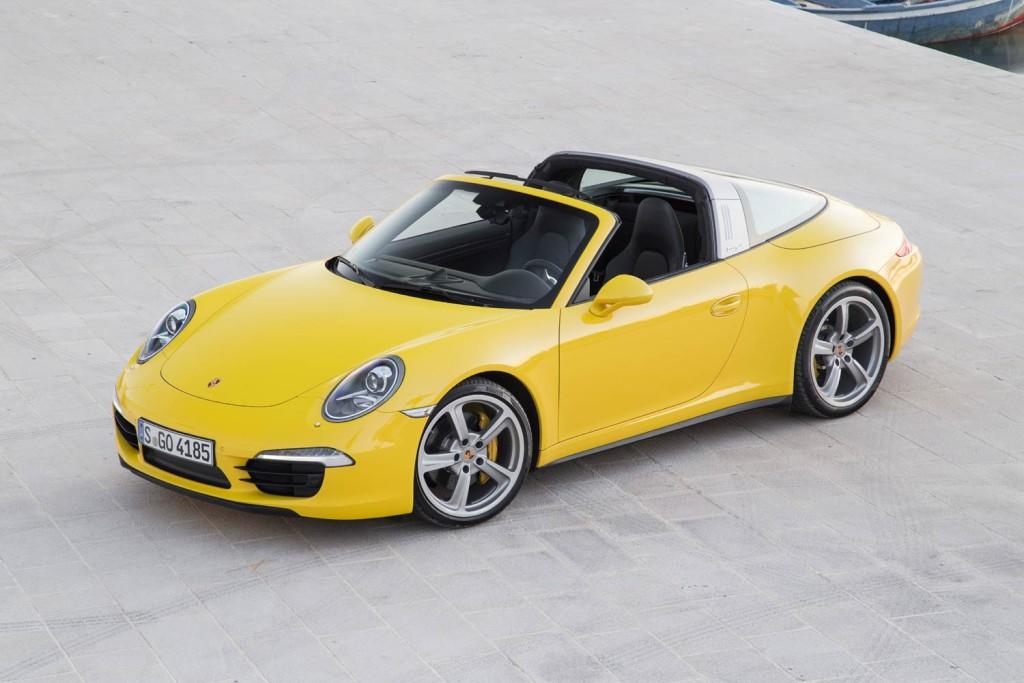Luxurious Magazine Road Tests The Porsche 911 Targa 4 6