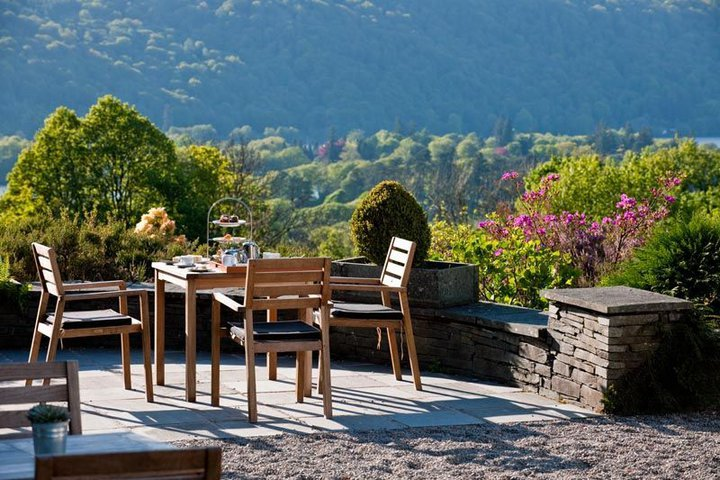 The terrace at Linthwaite