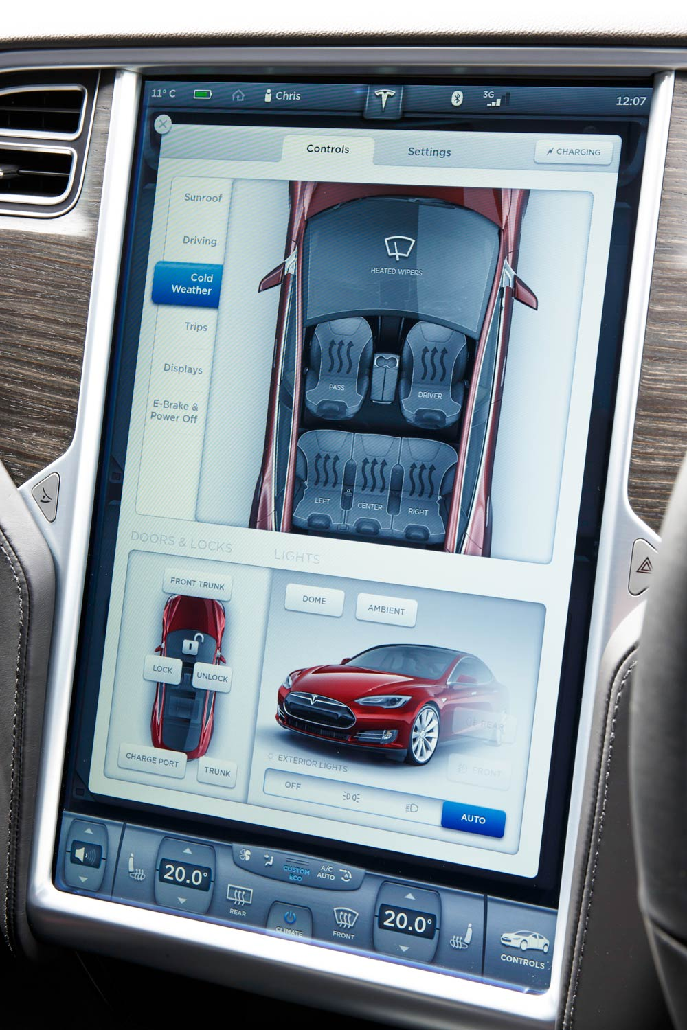 Controlling the many gadgets on the Tesla Model S is simple