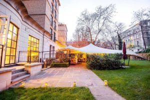 The little known one acre garden at the Crowne Plaza London Kensington