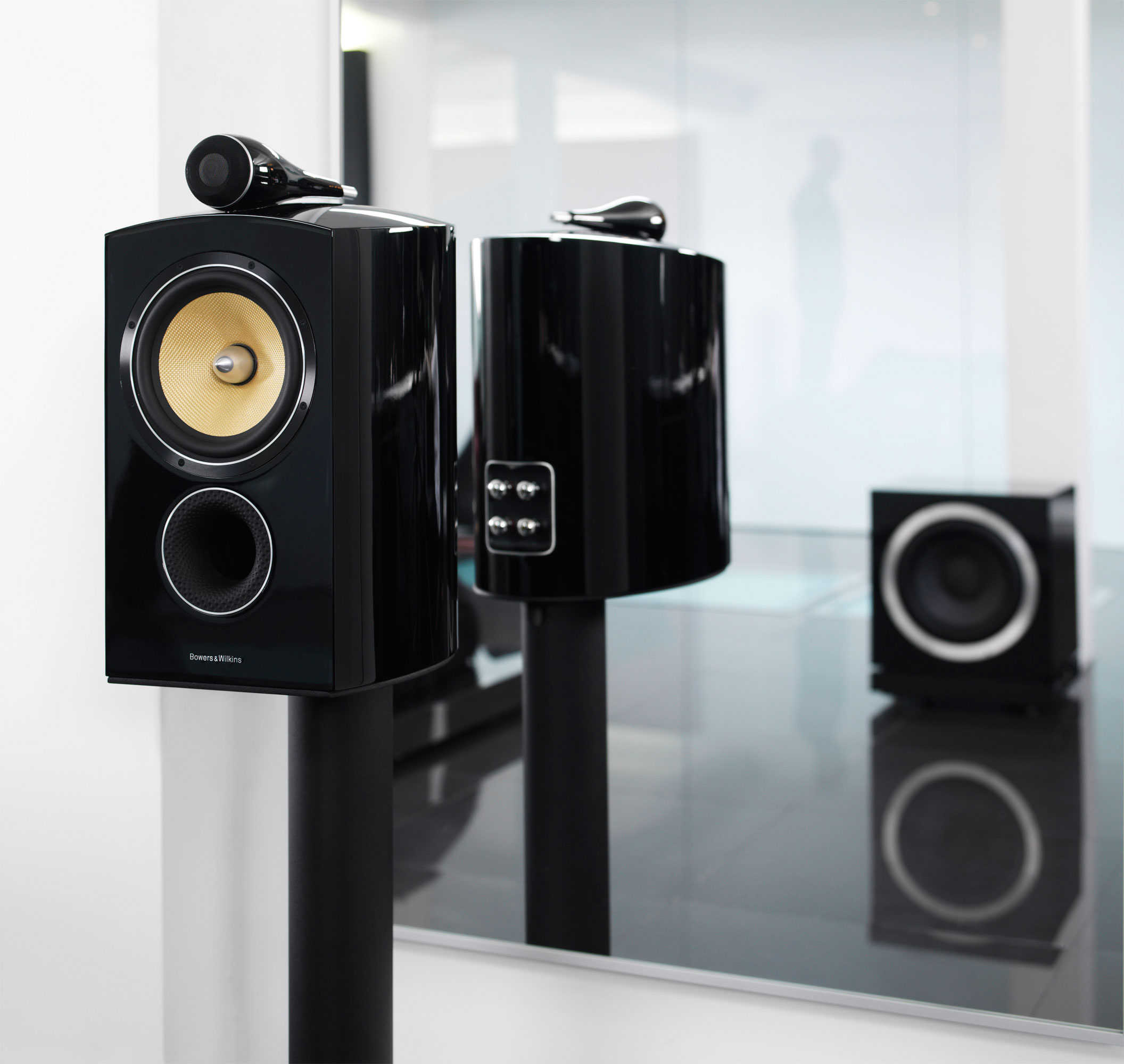 the bowers wilkins 800 series diamond the new jewel in the crown of audiophile hi fi. Black Bedroom Furniture Sets. Home Design Ideas