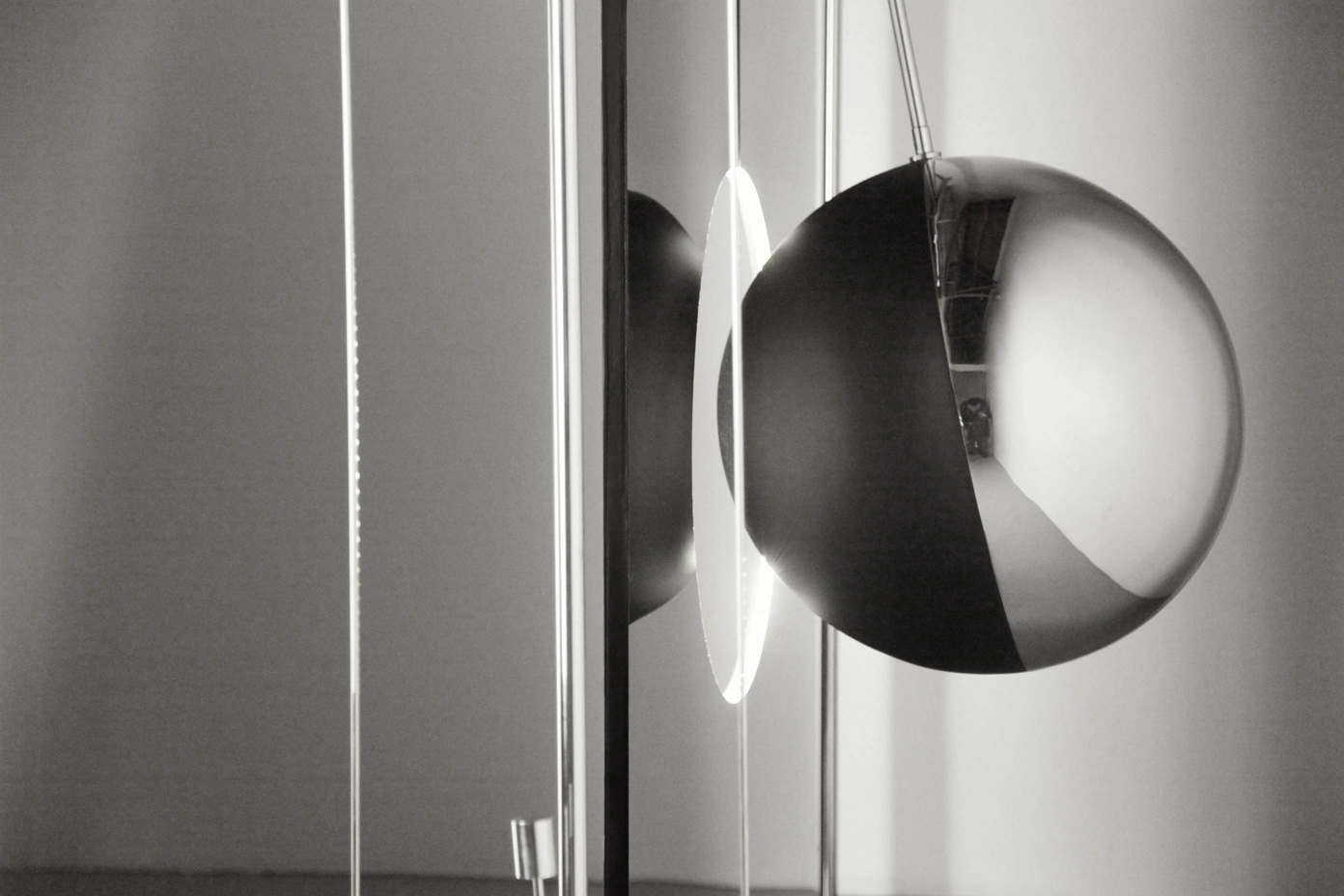 """Optical Variations"": stunning kinetic sculptures by Damien Bénéteau"