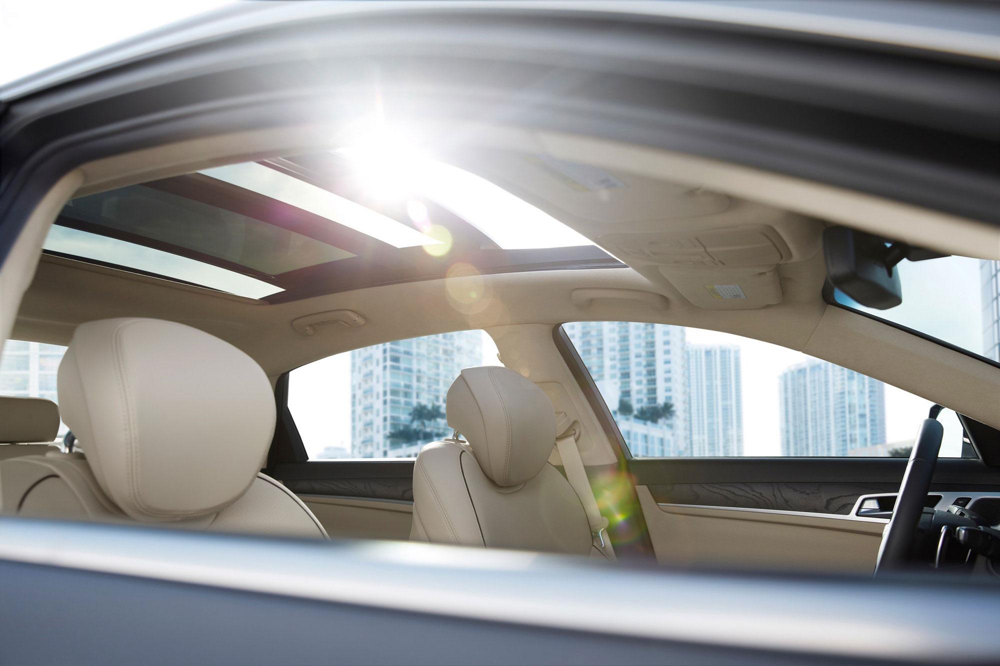 The technology inside the 2016 Hyundai Genesis