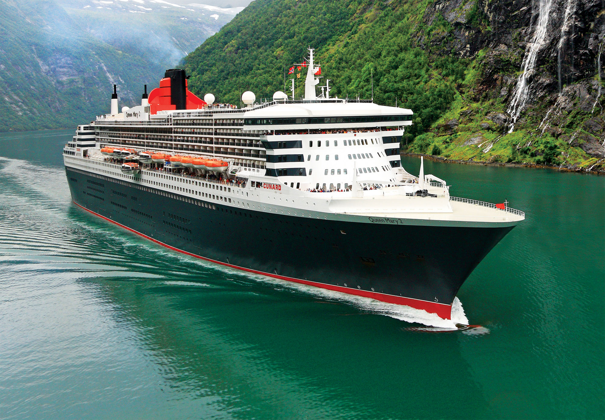 Cunard's Queen Mary 2 Becomes More Singles-Friendly