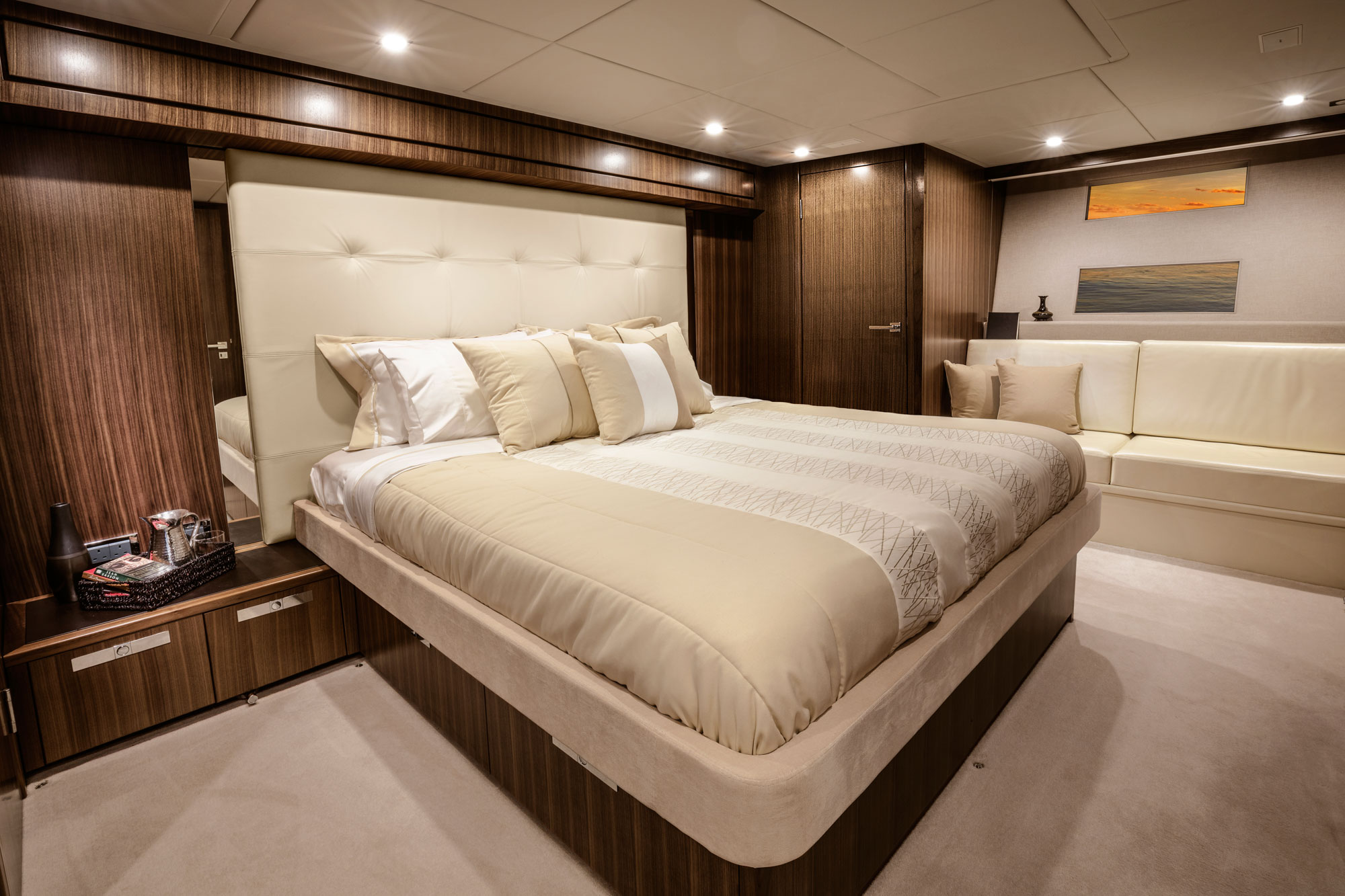 One of the Riviera 77 Enclosed Flybridge staterooms