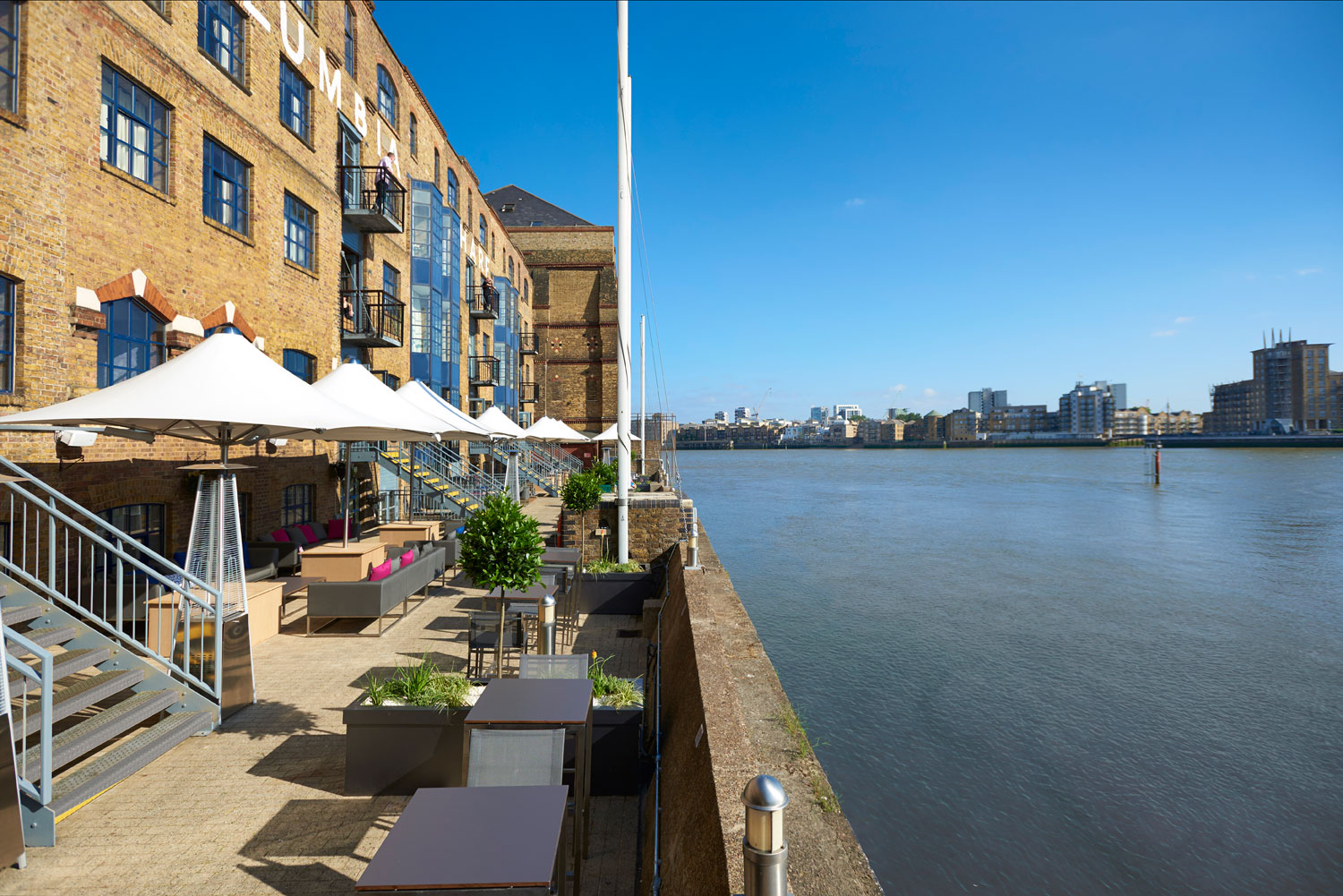 Doubletree By Hilton London Docklands Riverside Hotel