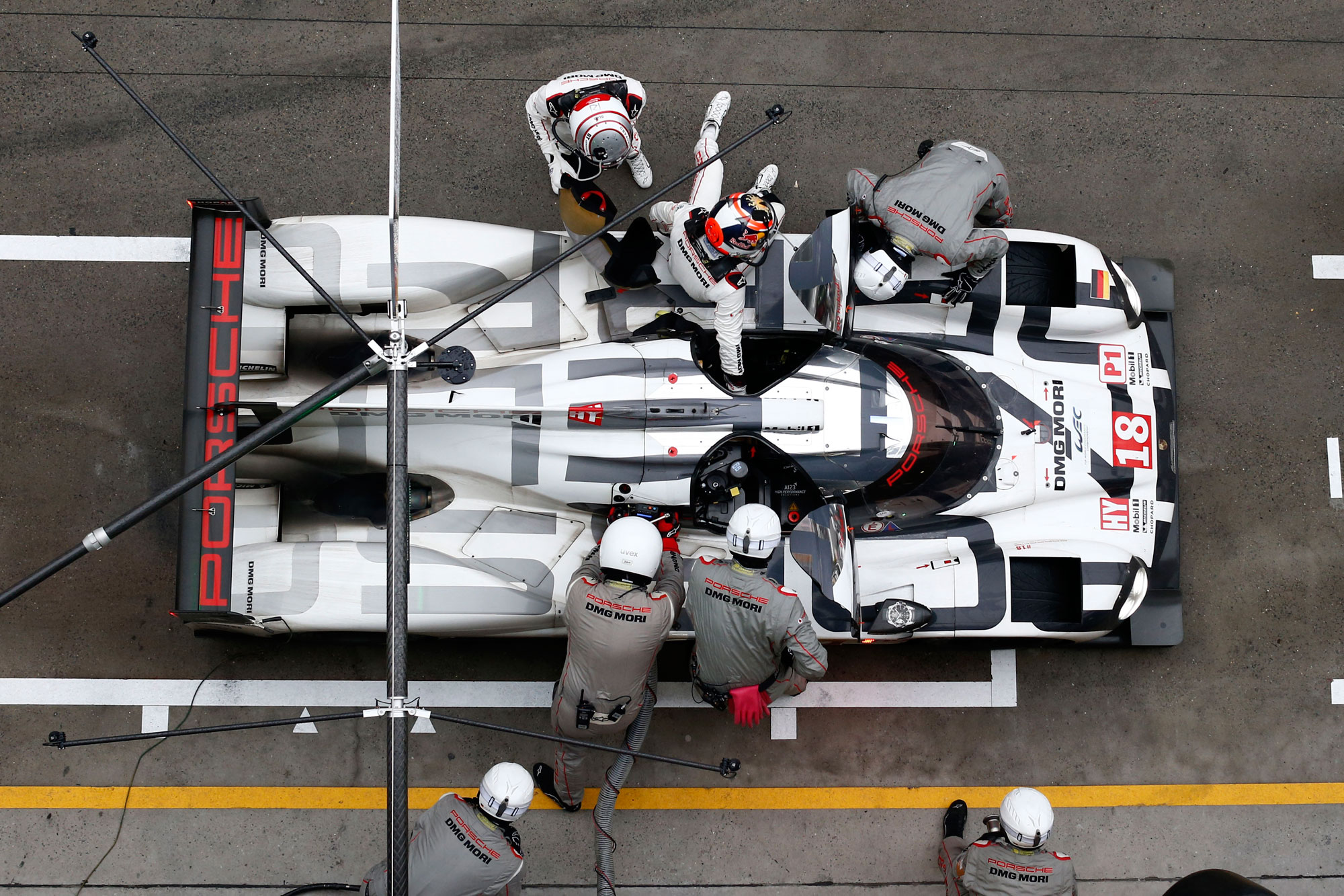 Porsche Score 1-2 in Shanghai To Become FIA WEC World Champions For 2015 12