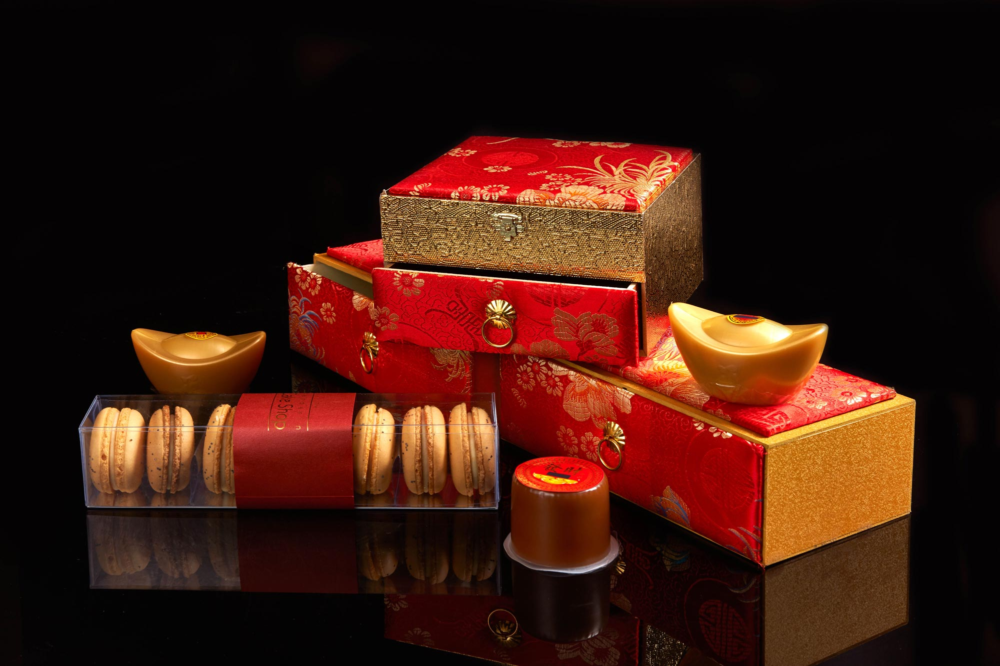 Chinese New Year Gifts at Lai Po Heen at the Mandarin Oriental