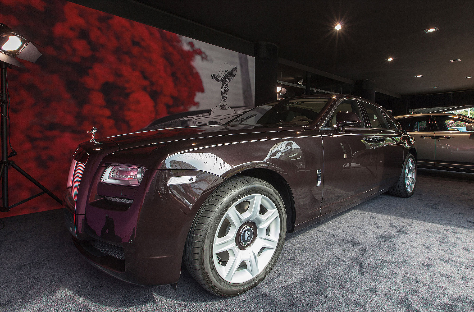 Rolls-Royce Motor Cars Hit New Heights For Global Sales