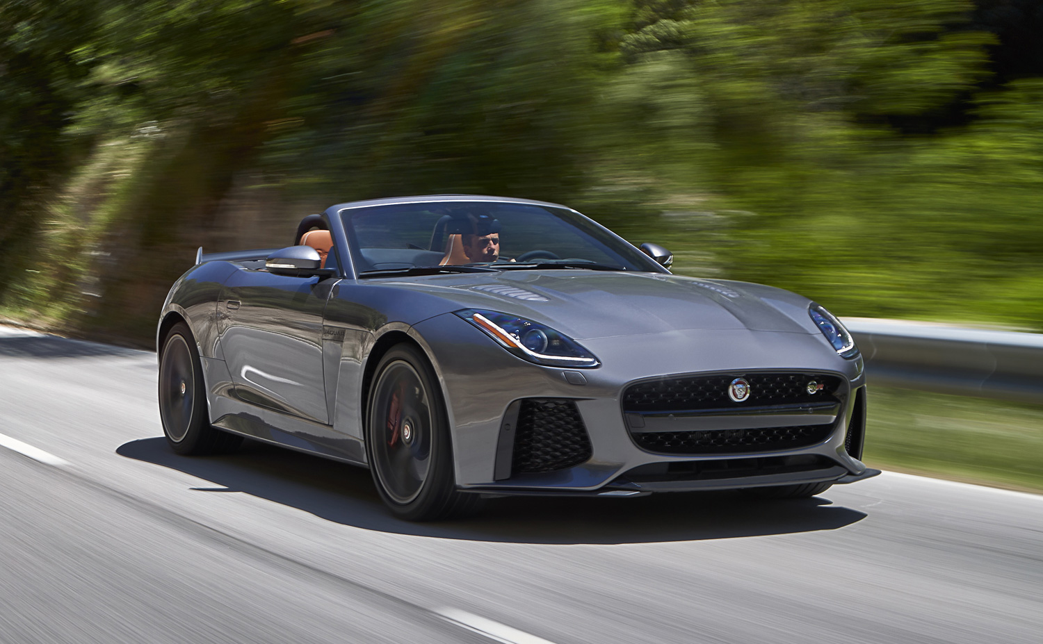the f type svr jaguar 39 s all weather supercar luxurious magazine. Black Bedroom Furniture Sets. Home Design Ideas