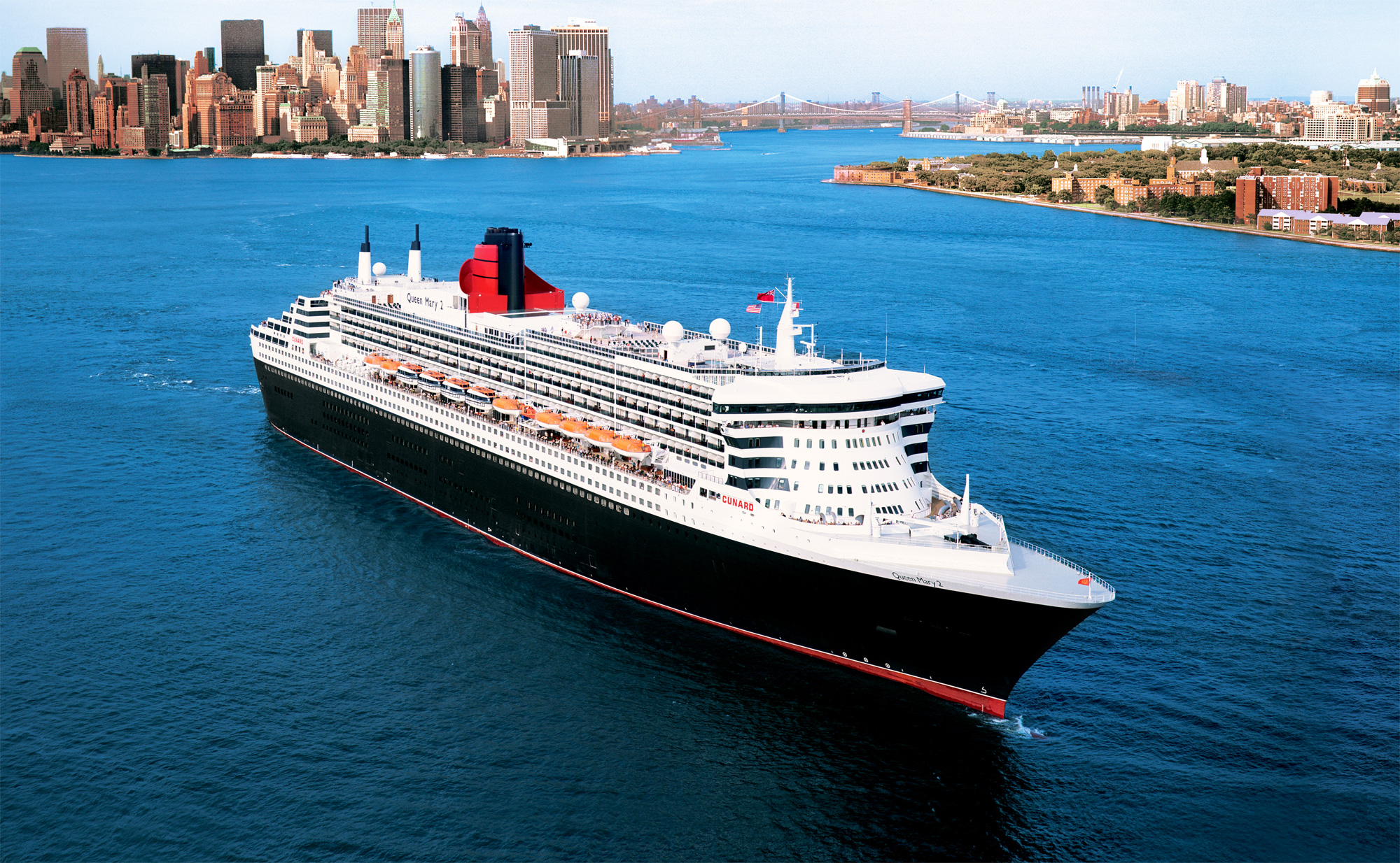 High fashion on the high seas as Cunard launches Transatlantic Fashion Week
