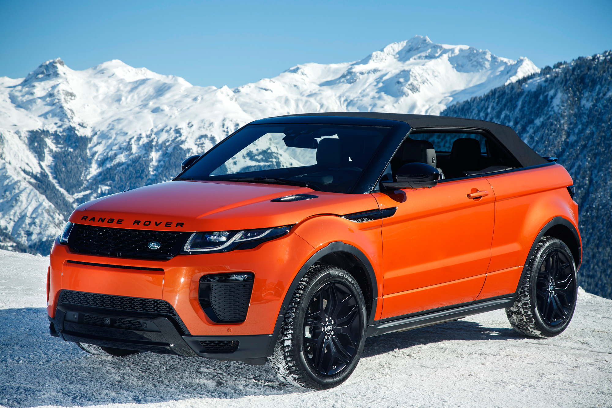 With the original Evoque already so easy on the eyes, it's hard not to get excited by this stylish off-roader that can now double up as a convertible.