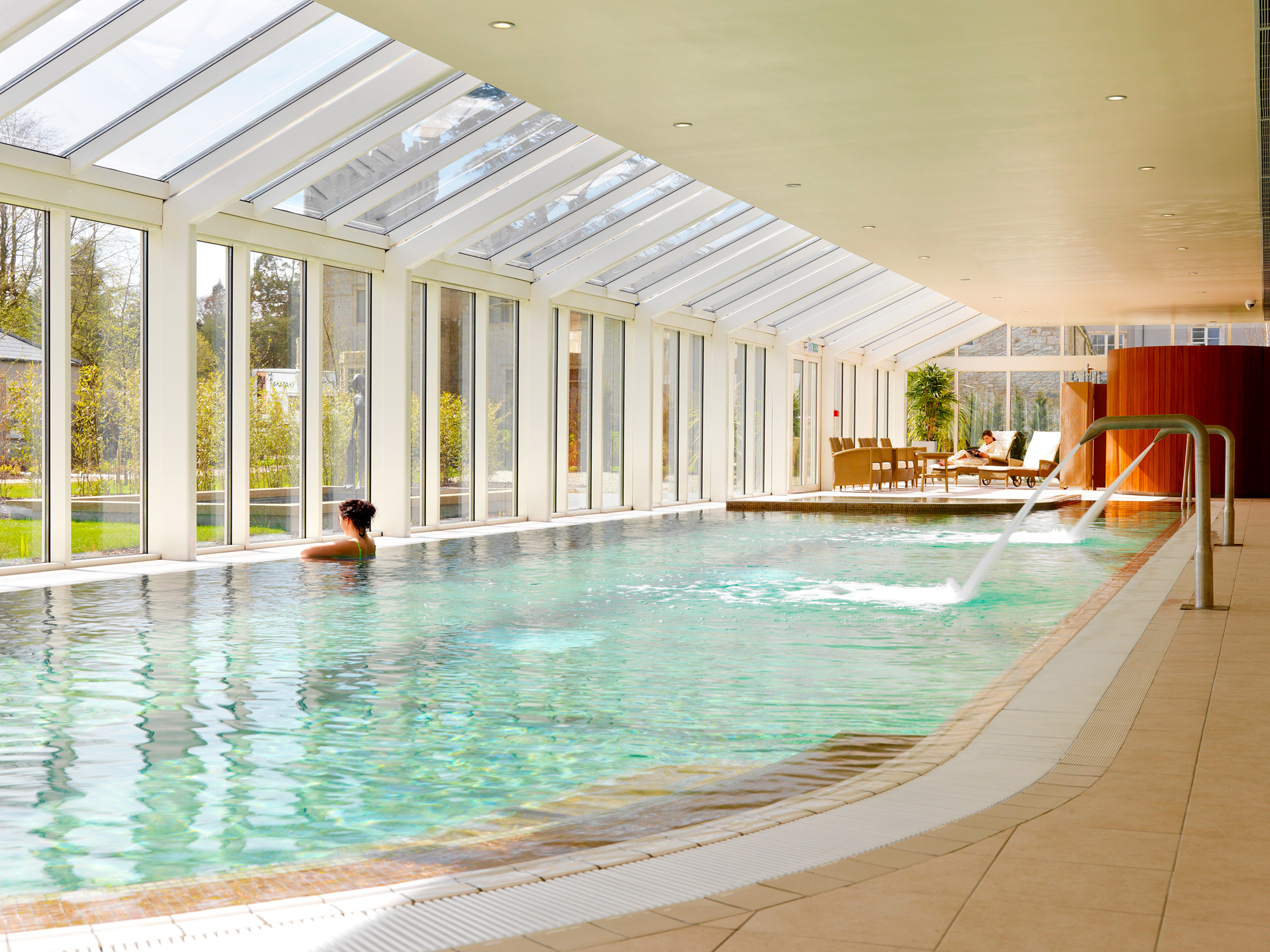 If you want to truly indulge yourself, try the excellent Spa Solis on site.