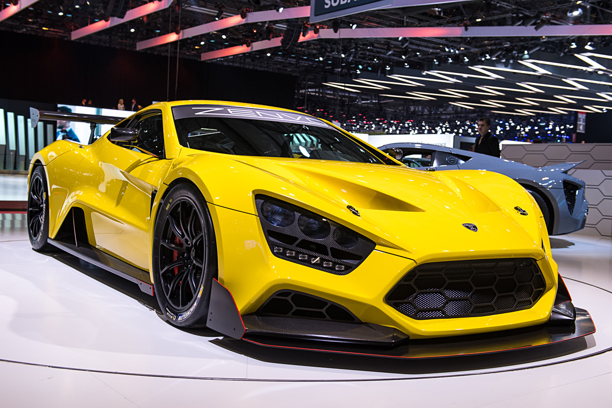 zenvo ts1 the newest hypercar on the block. Black Bedroom Furniture Sets. Home Design Ideas