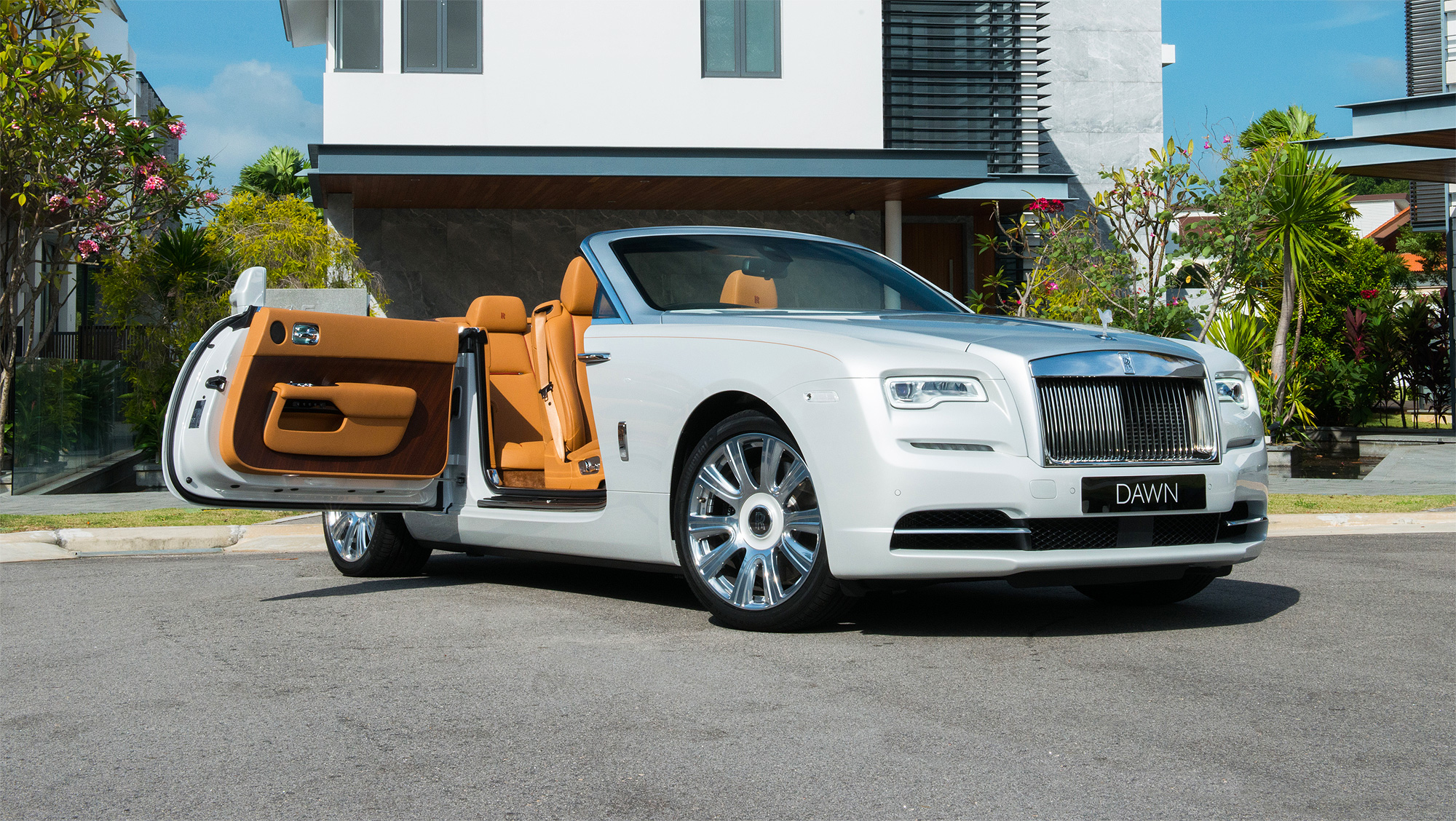 The Rolls-Royce Dawn Casts A Beautiful Glow On Its Debut In South-East Asia