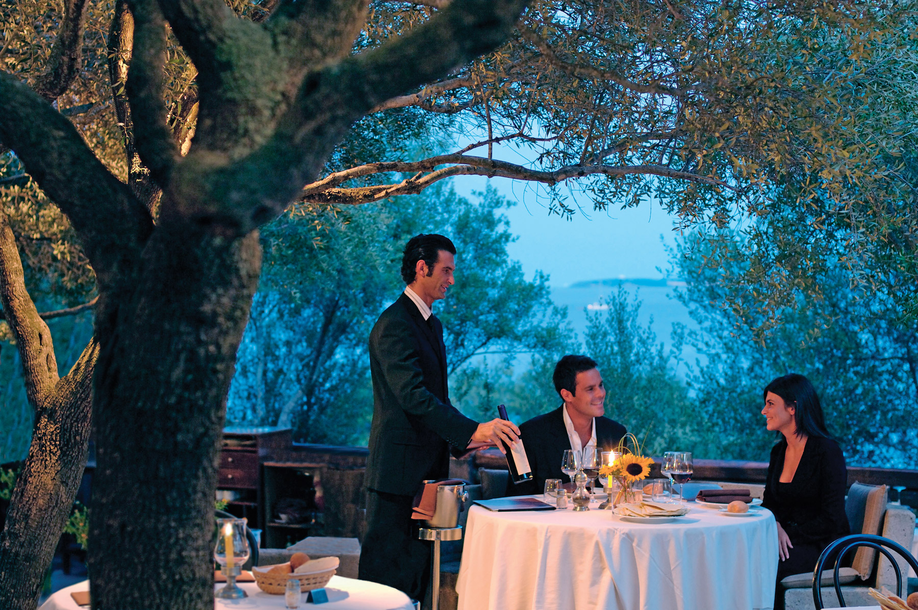 Dining at Hotel Capo d'Orso Thalasso & Spa