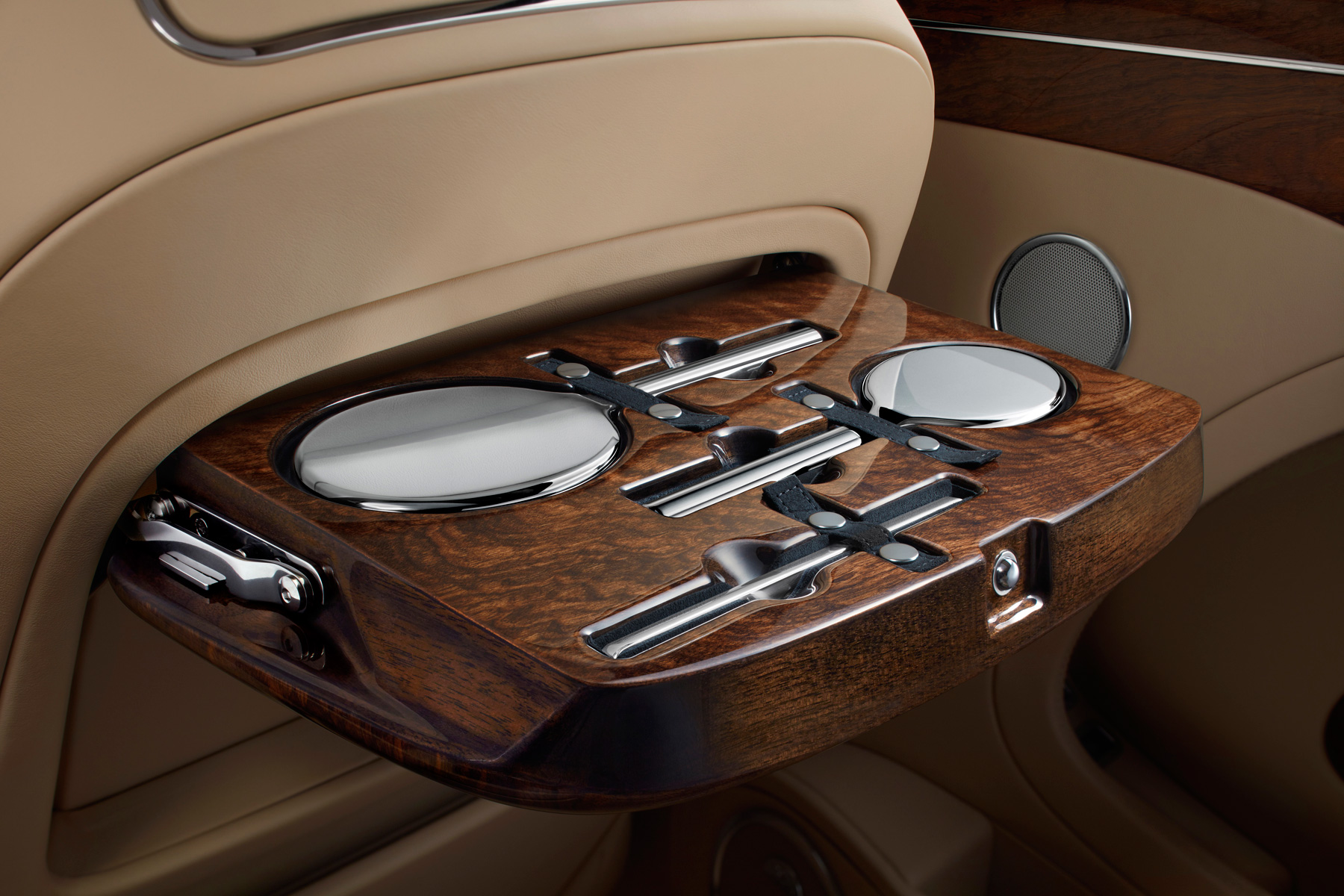 Bespoke Mulliner sterling silver vanity kit inlaid into the rear picnic table