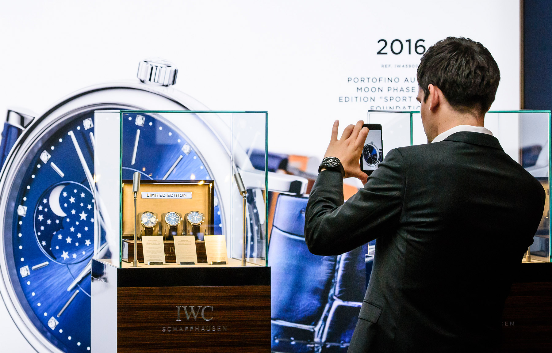 "IWC Portofino Automatic Moon Phase 37 Edition ""Laureus Sport for Good Foundation"""
