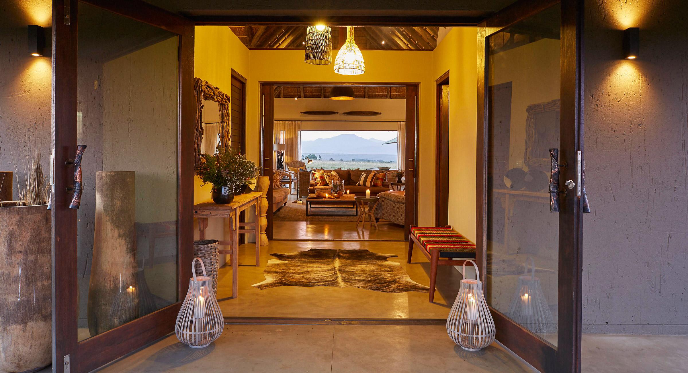 Ulubisi House The New Luxury Safari Villa At Gondwana Game Reserve