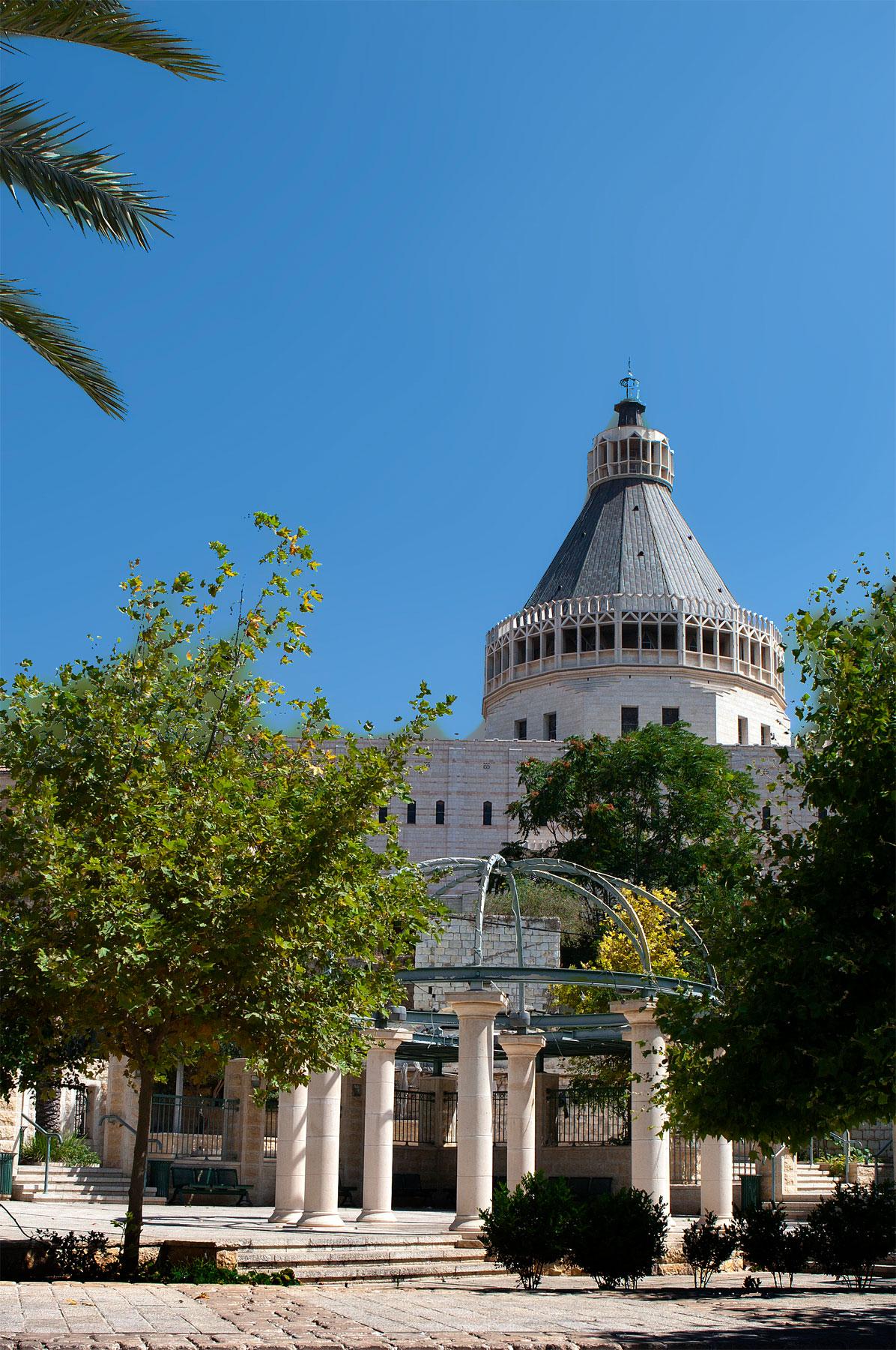 Nazareth: Basilica of Annunciation (from Paul VI St.). Photo by Mordagan