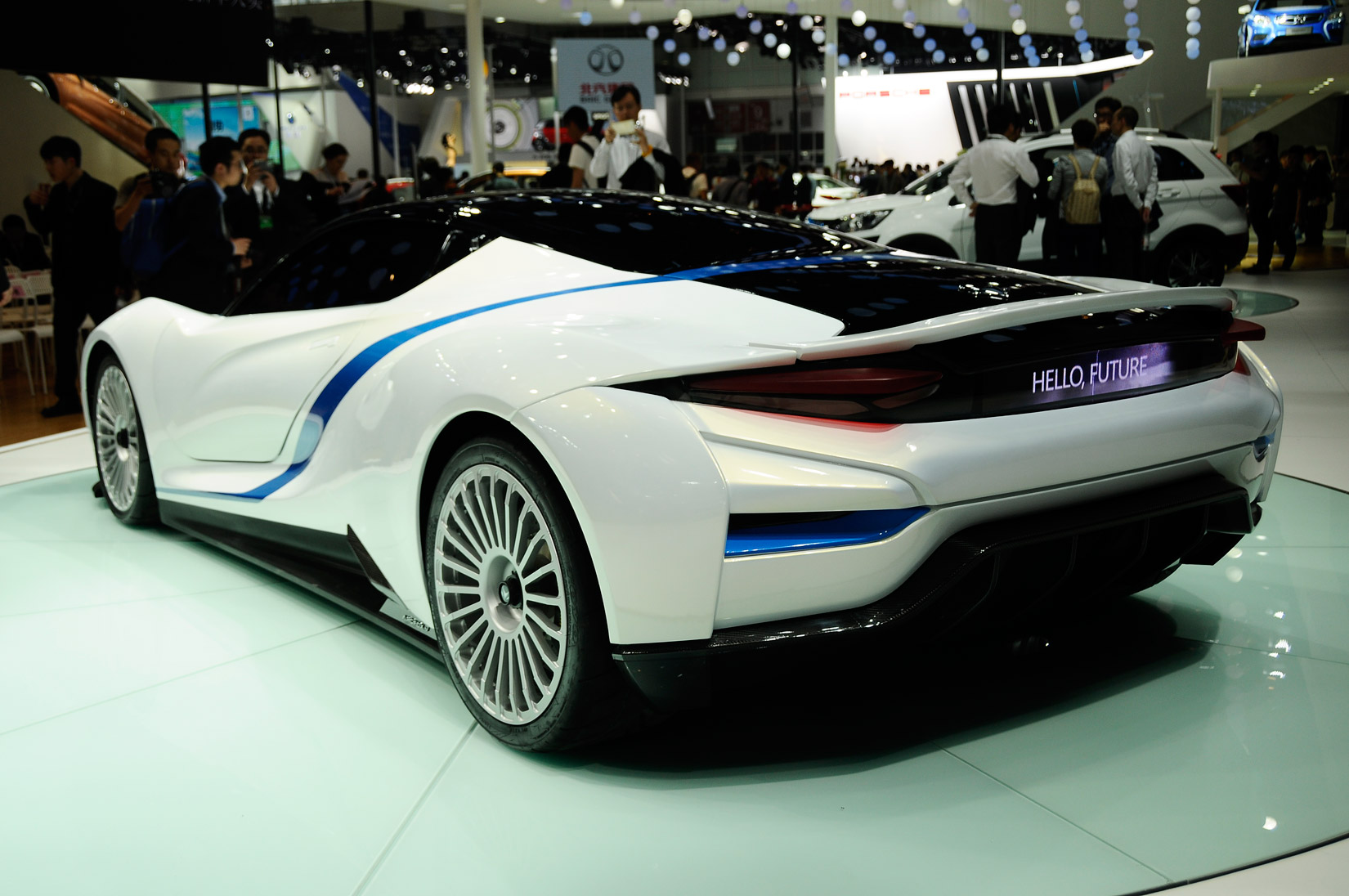 China 39 s baic arcfox 7 electric supercar the good and the bad for Motor king auto sales