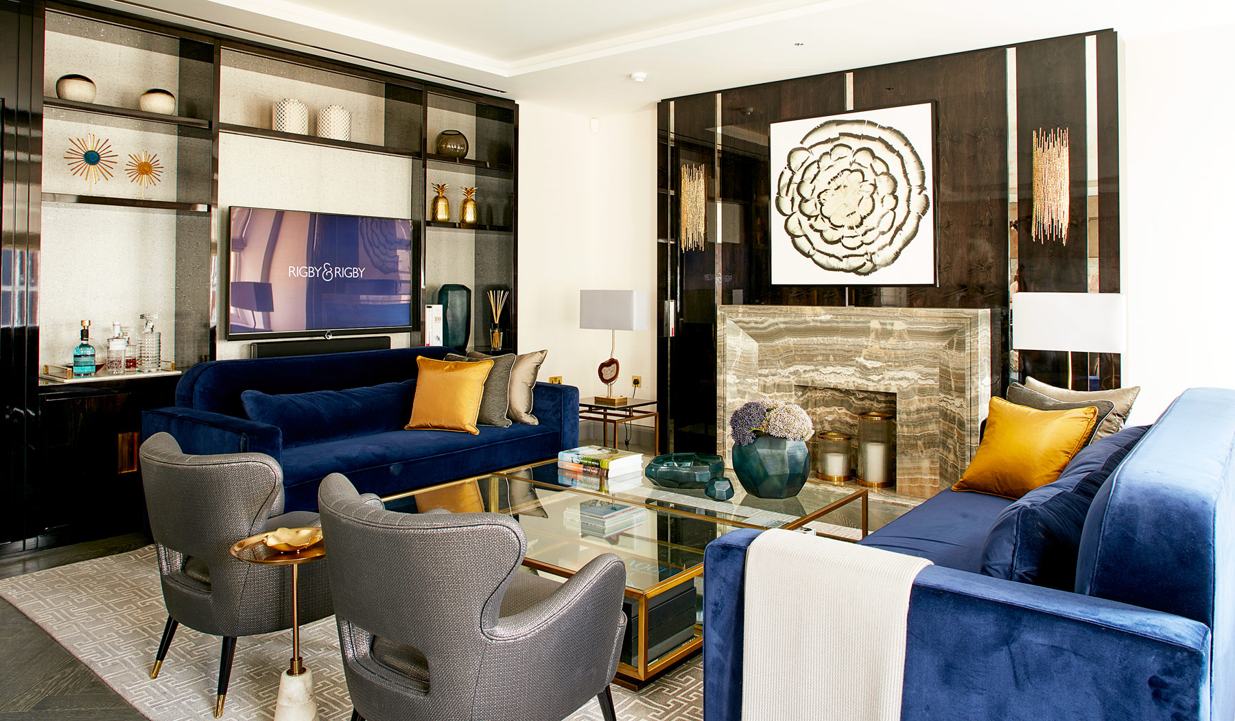 Glitz & Glamour Inspired 1920's Penthouse At London's 12 Charles Street 8