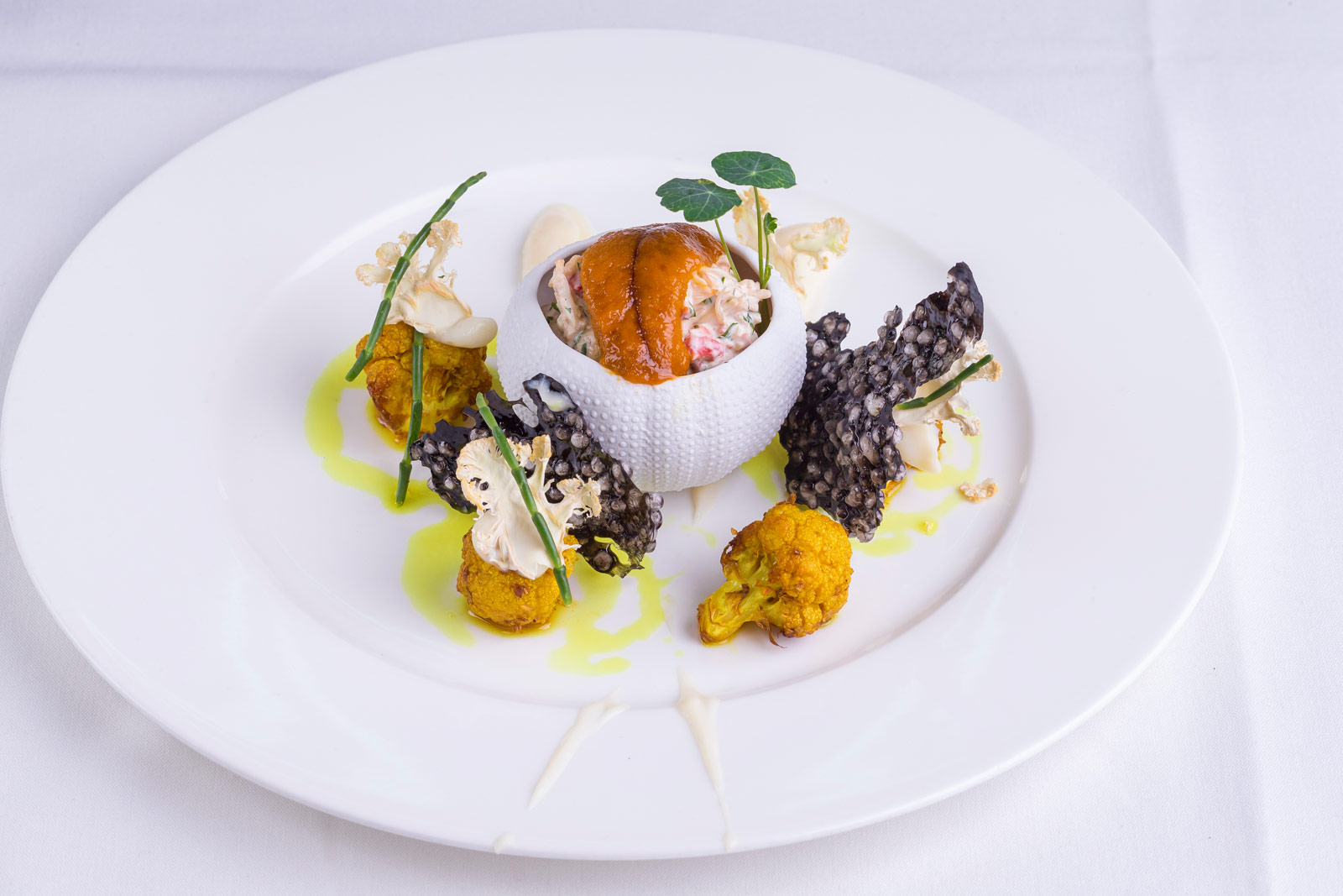 Dine like a king on a cunard queen luxurious magazine for Cuisine queen