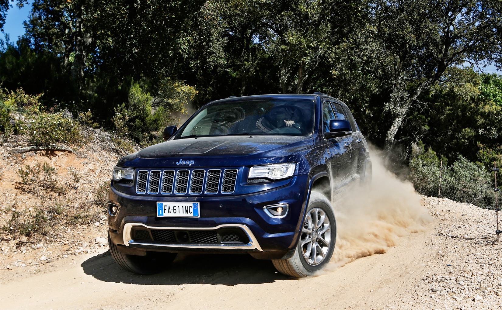 Jeep Grand Cherokee 3.0 V6 CRD Overland Road Test In St.Tropez 7