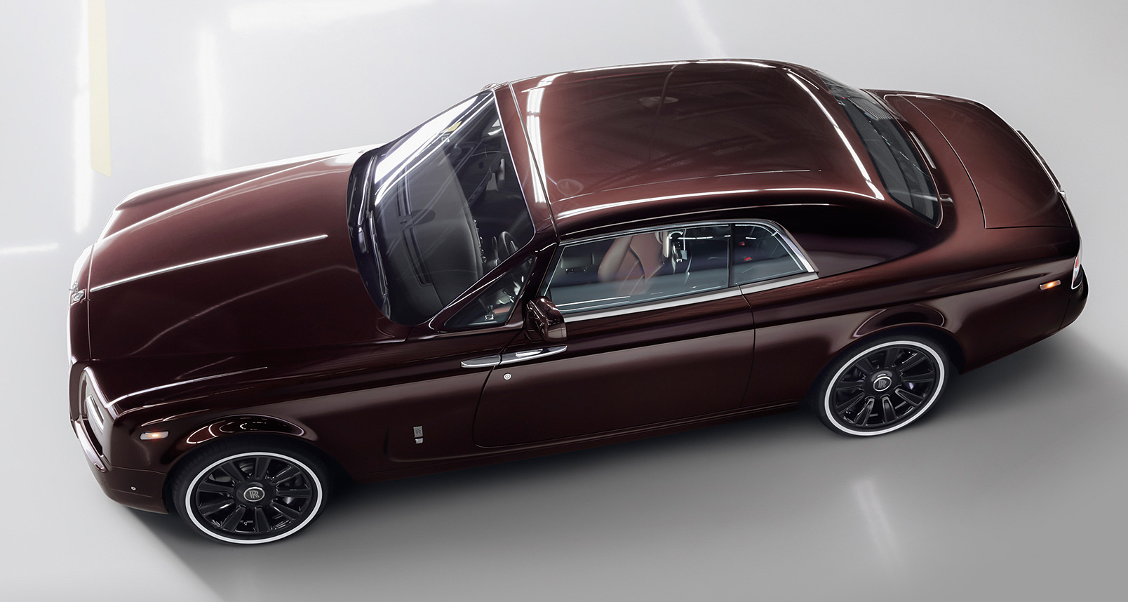 Rolls-Royce Motor Cars Reaches The Pinnacle With The Phantom Zenith Collection
