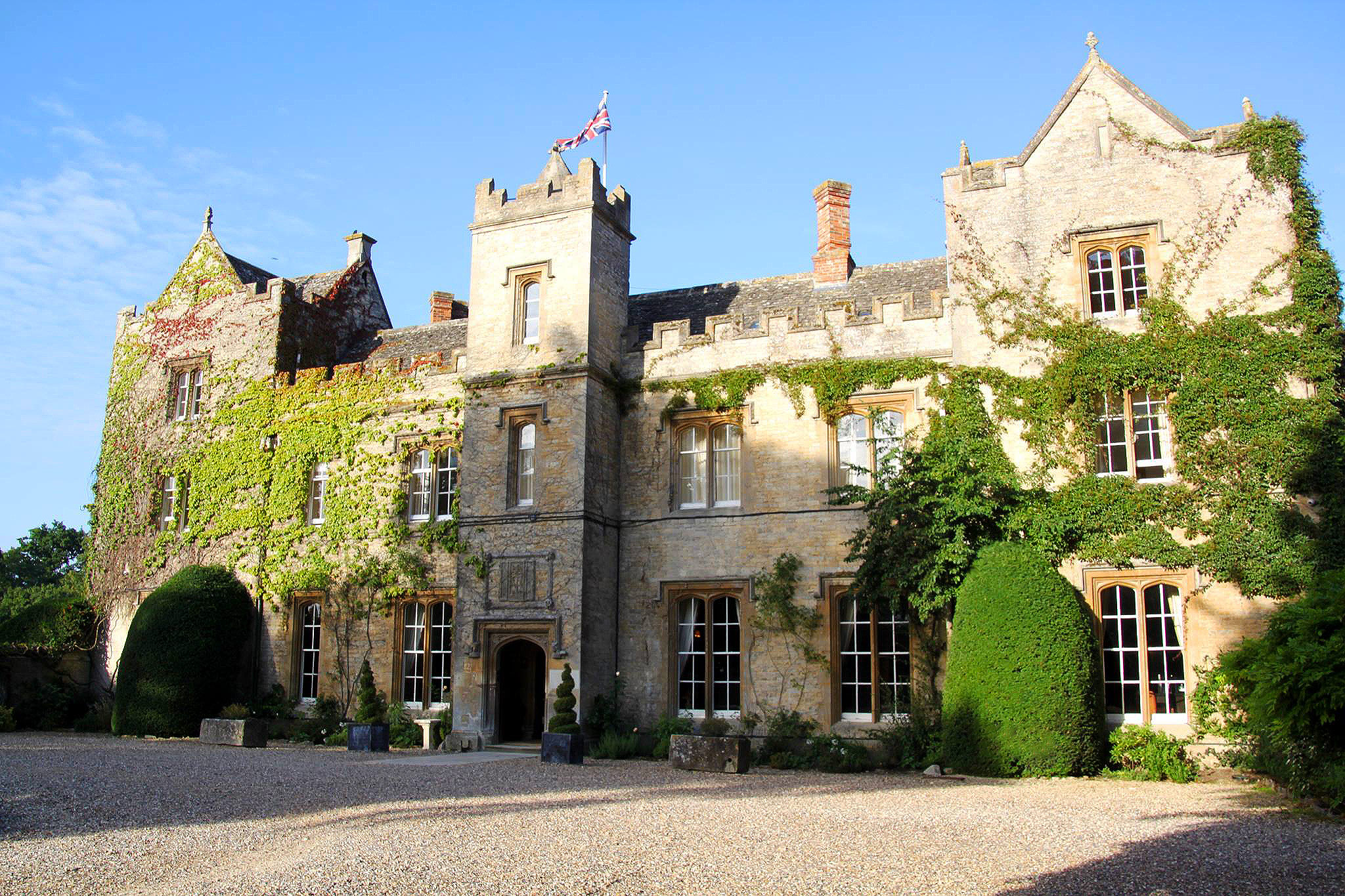 A Truly Relaxing Escape At The Manor Country House Hotel 9